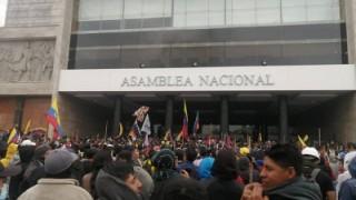 Manifestantes toman Quito en vísperas de una gran protesta