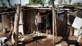Más de 70 mil familias en la provincia no tienen agua potable ni gas natural
