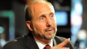 El Gobernador electo busca inversiones en simultáneo con la transición política con el gobierno saliente.