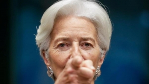Billetera mata Lagarde