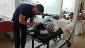 La guardia del Hospital Centenario es una de las que se encuentra desbordada por el aumento de la población hospitalaria.